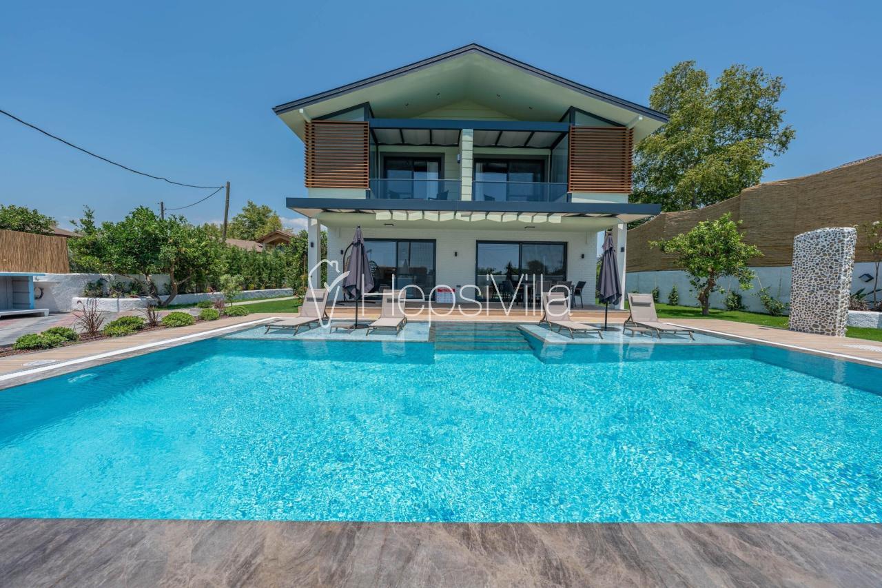 Villa Pomalin, Yanıklar'da Doğa Manzaralı Müstakil Havuzlu Villa - Hepsi Villa