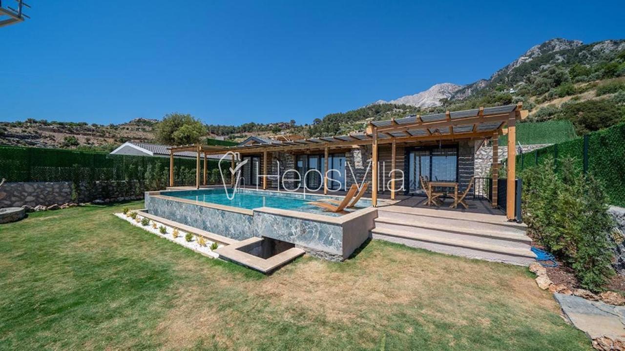 Villa Enjoy 1, Fethiye Kirme'de 4 Kişilik Jakuzili  - Hepsi Villa