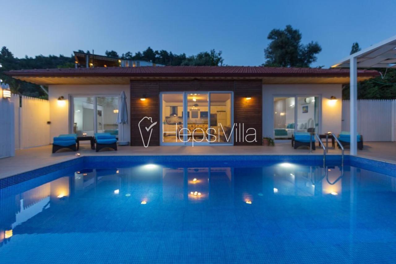 Villa Pınar, Kalkan İslamlarda Muhafazakar Balayı Tatil Villası - Hepsi Villa