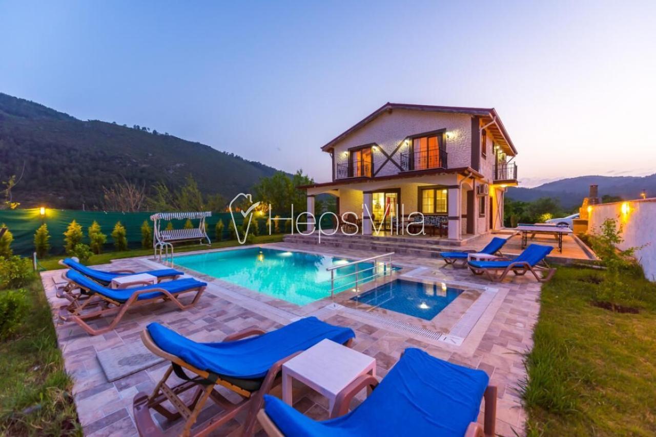 Villa Efe, Fethiye Kayaköyde Çocuk Havuzlu Muhafazakar Villa - Hepsi Villa