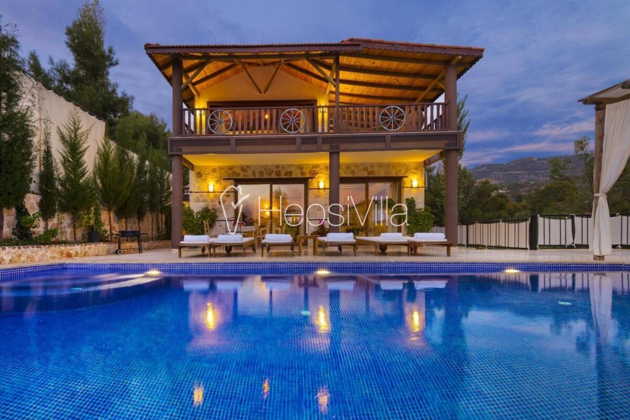 Villa Duygu, Kalkan İslamlarda Engelli Dostu Kiralık Villa - Hepsi Villa