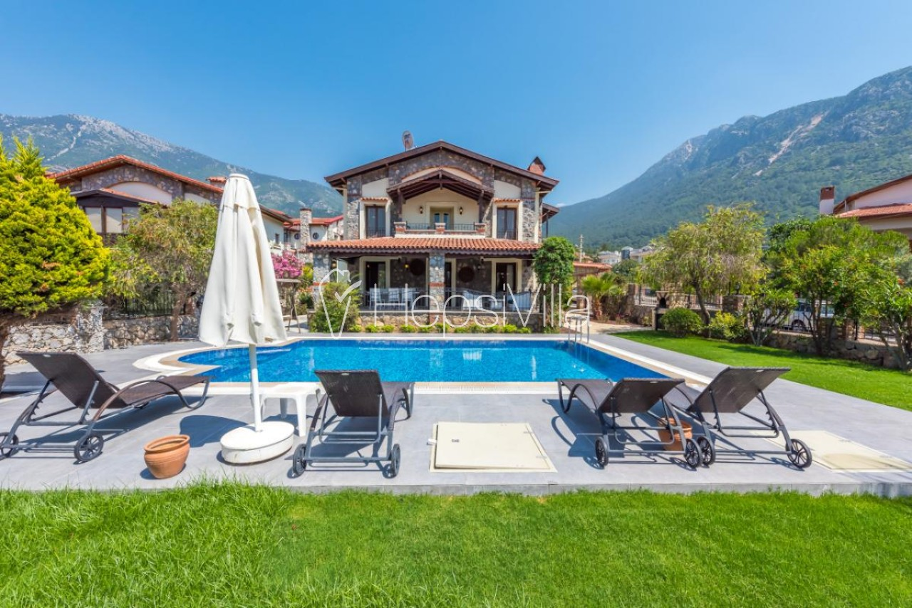 Villa Hazal, Ölüdeniz Ovacıkta 3 Yatak Odalı Yazlık Villa - Hepsi Villa