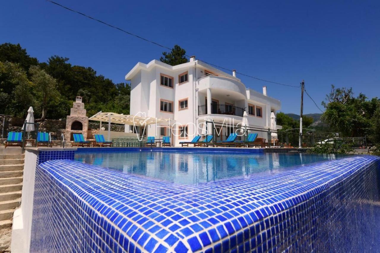 Villa Huzur, Kalkan İslamlarda Havuzu Korunaklı Yazlık Villa - Hepsi Villa