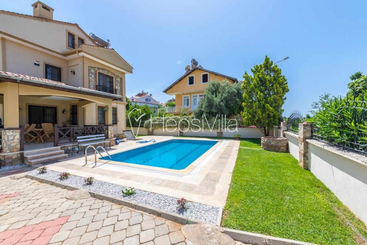 Villa Alize Fethiye Çalış'ta 3 Yatak Odalı Kiralık Villa - Hepsi Villa