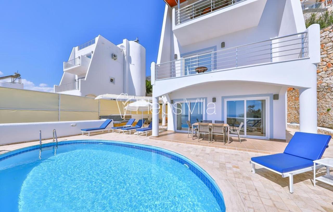 Villa Mountain Breeze, Harika Deniz Manzaralı Kiralık Villa - Hepsi Villa