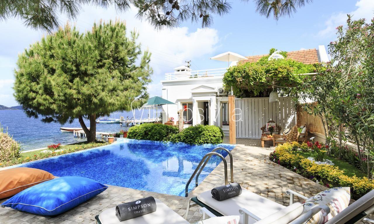 Villa Sevdam Söğüt'te Denize Sıfır Havuzlu Yazlık Villa. - Hepsi Villa