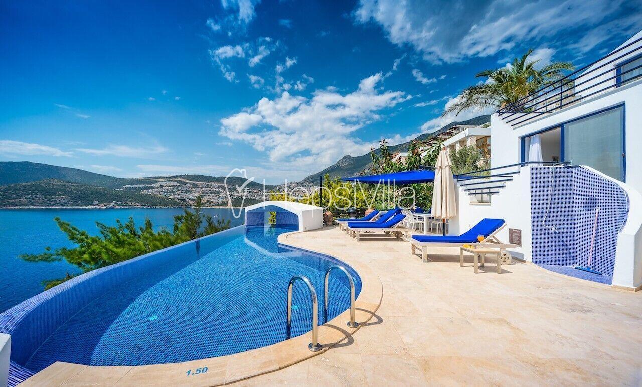 The White Collection - Villa Sky, Kalkan'da Denize Sıfır Villa - Hepsi Villa