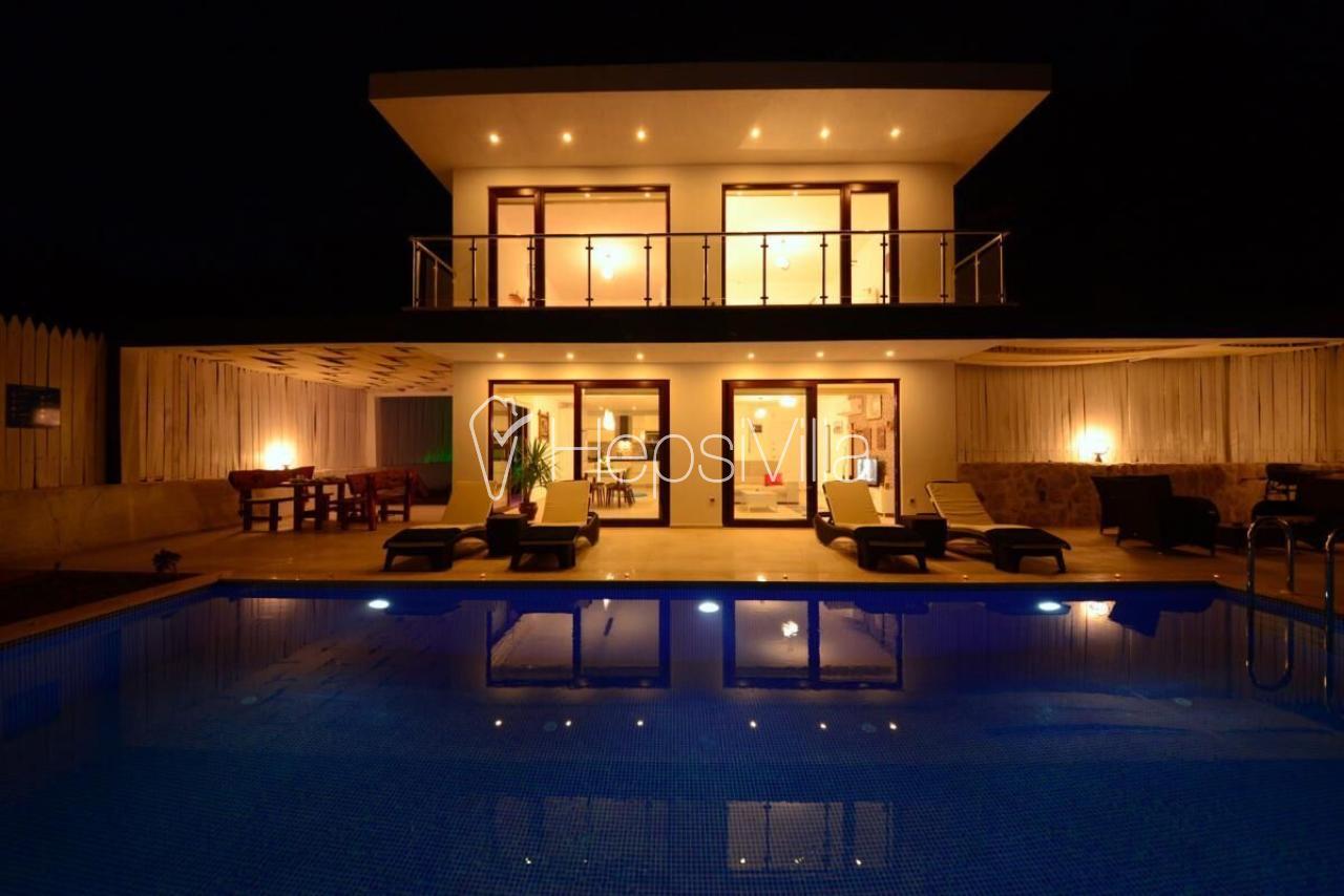 Villa Royal, Havuzu Korunaklı Balayı Tatil Villası - Hepsi Villa