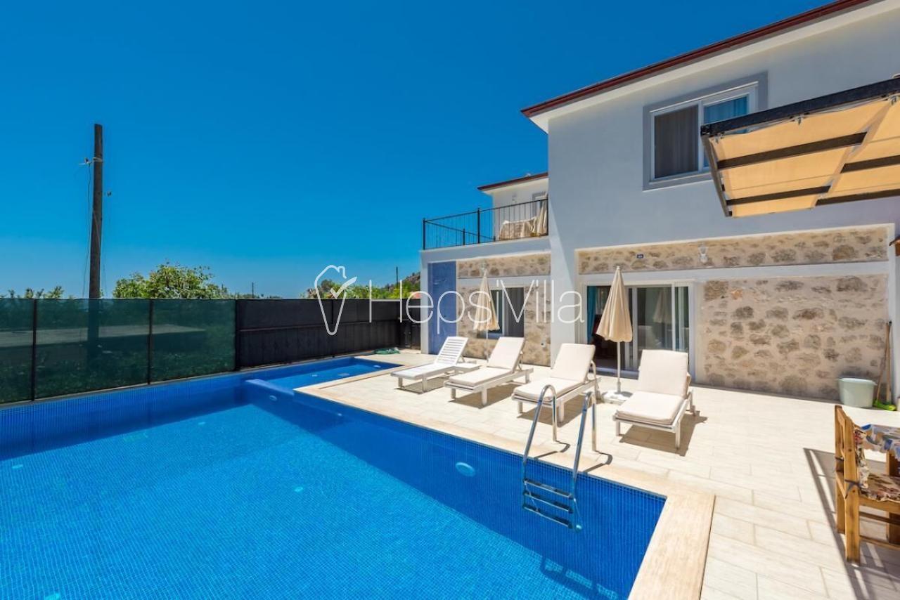 Villa Sultan, Havuzu Korunaklı 4 Kişilik Yazlık Tatil Villası. - Hepsi Villa