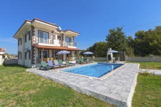 Villa Dolce 5, 6 Odalı 12 Kişilik Havuzlu Dalyan Villası