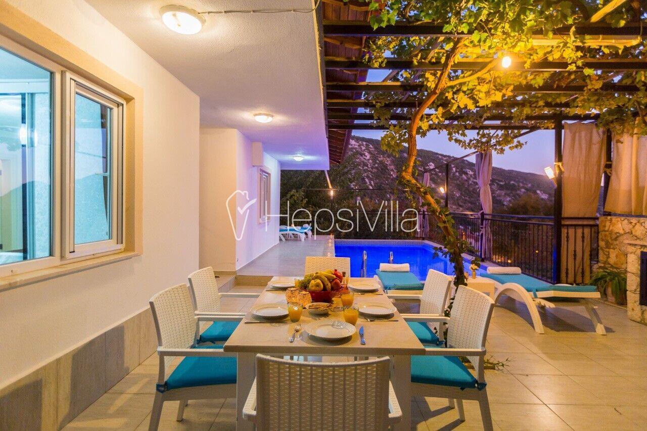 Villa Büşra Havuzu Korunaklı İslami Tatil Villası - Hepsi Villa