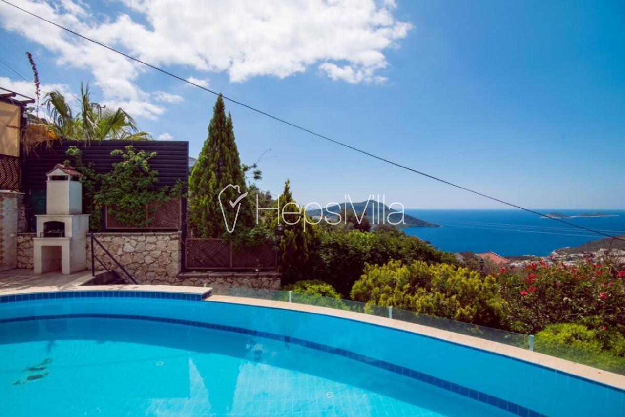Villa Beyaz, Kalkan Kızıltaş'ta Ultra. Lüks 5 Odalı Yazlık Villa - Hepsi Villa