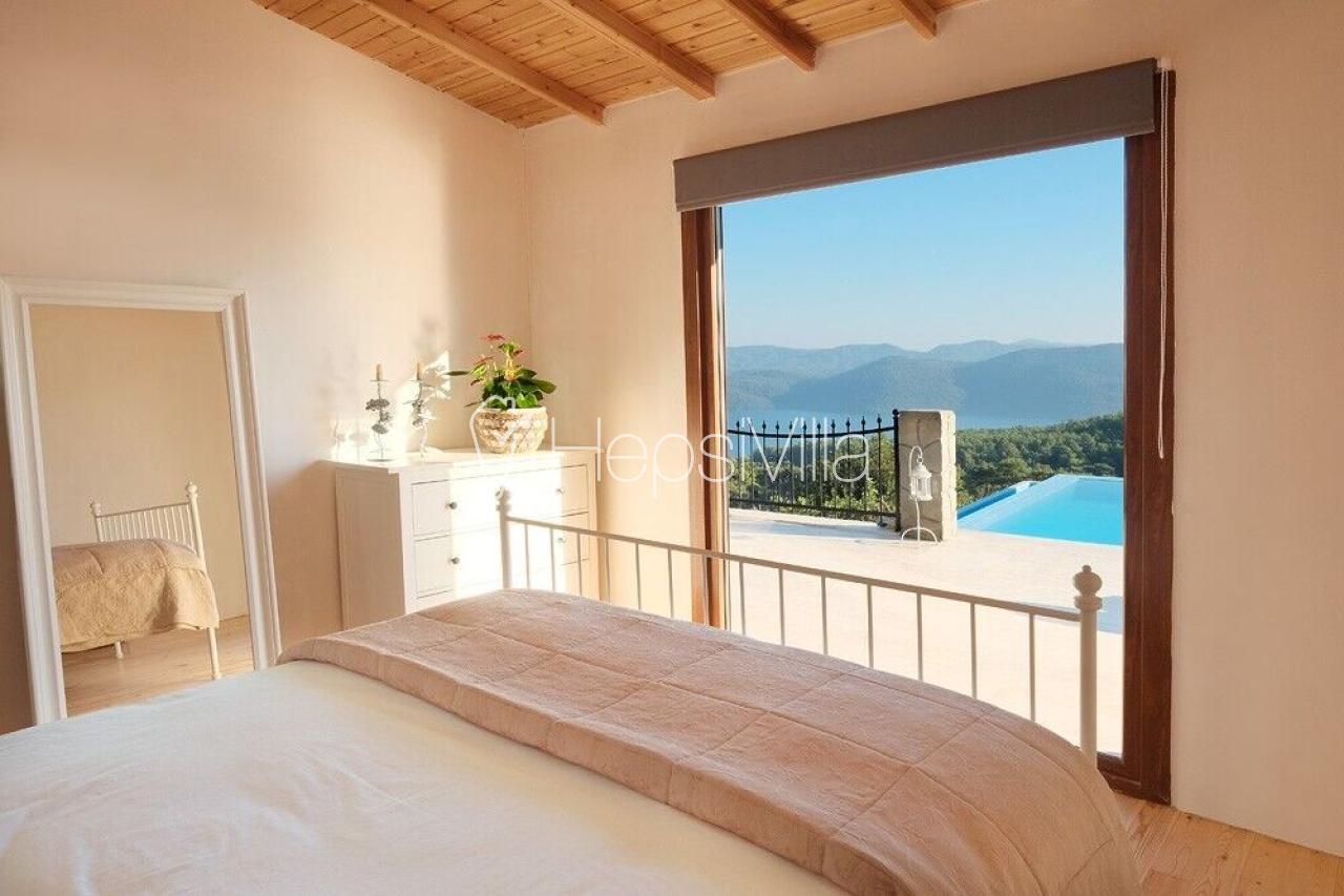 Villa Sascha, Havuzu Korunaklı 3 Yatak Odalı Yazlık Tatil Villası - Hepsi Villa
