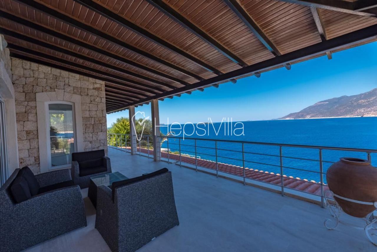 Cape House, Kaş Çukurbağ Denize Sıfır 5 Odalı Lüks Villa. - Hepsi Villa