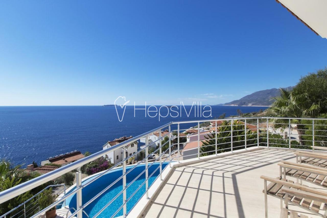 Villa İndigo, Kaş Çukurbağ Yarımada'da 5 Odalı Korunaklı Villa - Hepsi Villa