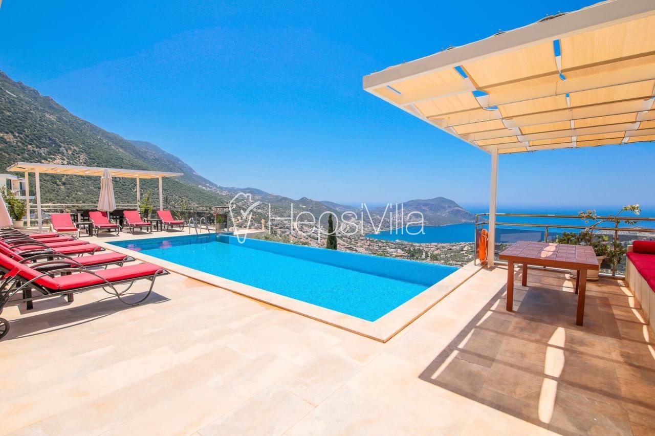 Villa Kaputaş, Kalkan Akbel'de 6 Odalı 12 Kişilik Villa. - Hepsi Villa