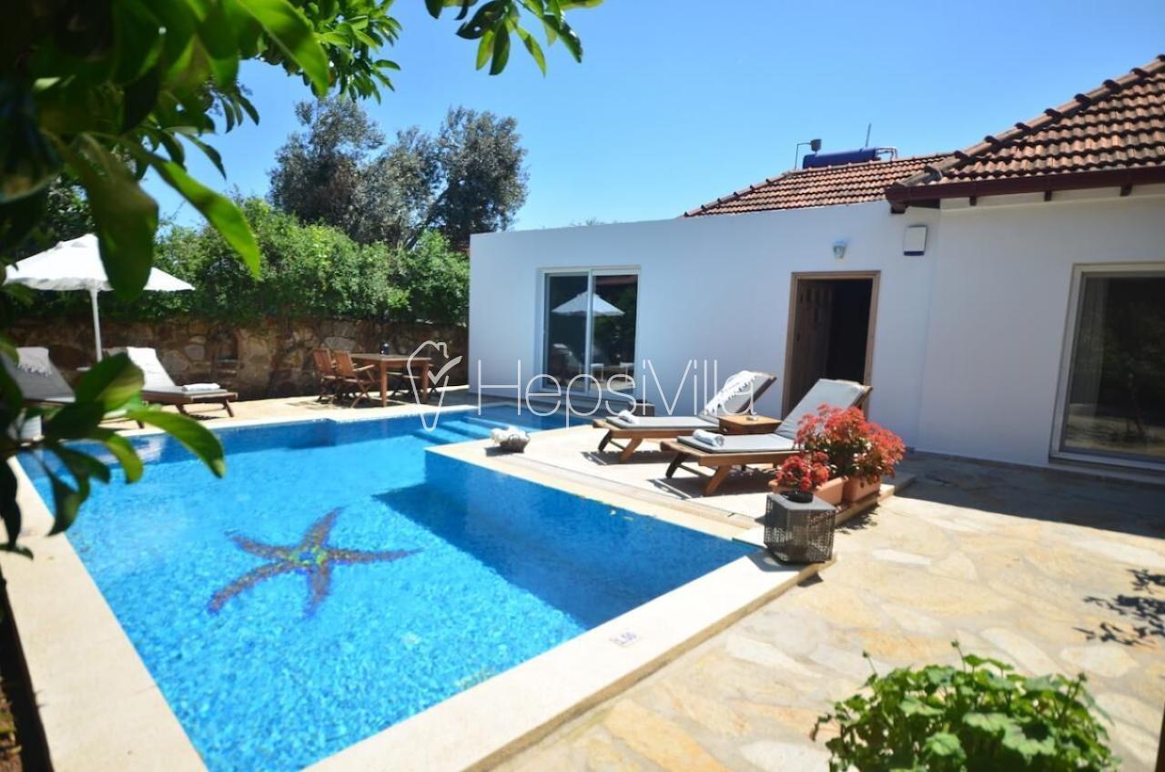 Villa Amie, Bodrum Bitez'de Havuzu Korunaklı 2 Odalı Villa - Hepsi Villa