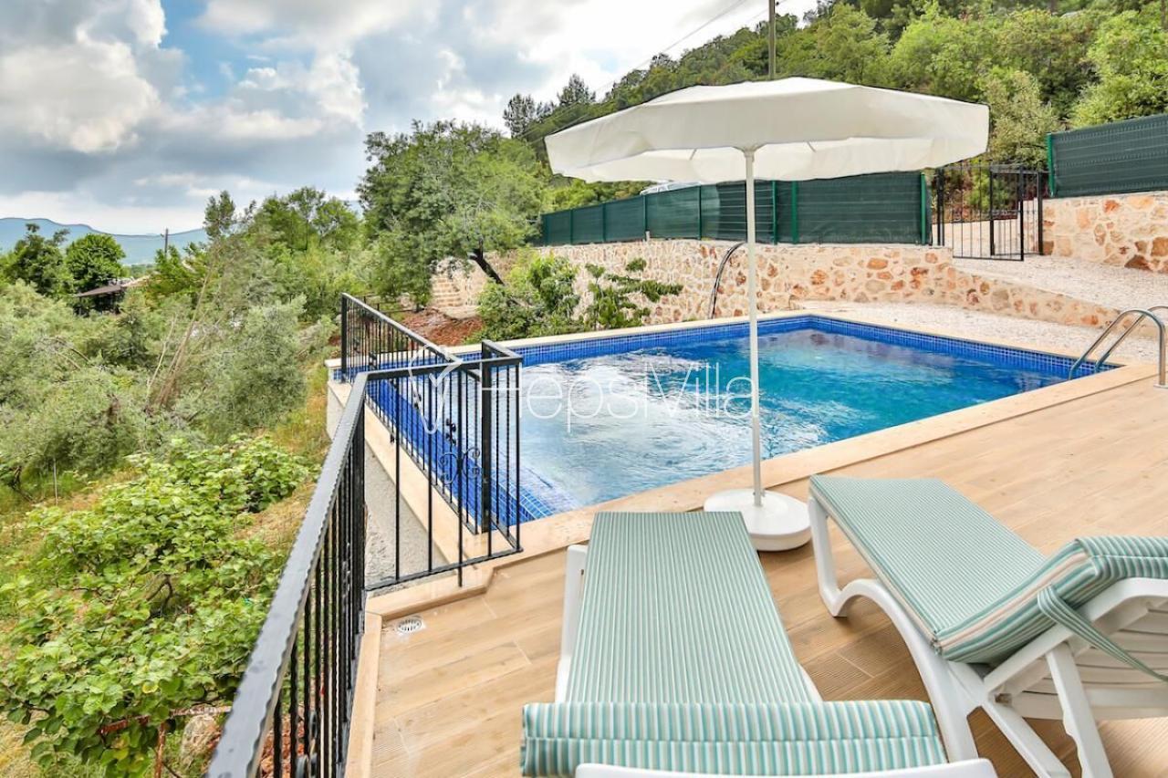 Villa Erol, Doğa İçerisinde 2 Odalı Havuzu Görünmeyen Villa. - Hepsi Villa