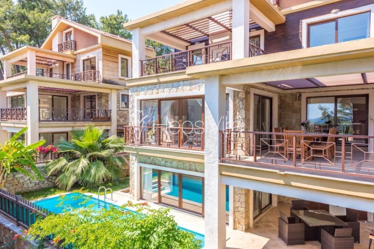 Villa Neva 2, Göcek'te 4 Odalı Doğa İçerisinde Havuzlu Villa. - Hepsi Villa