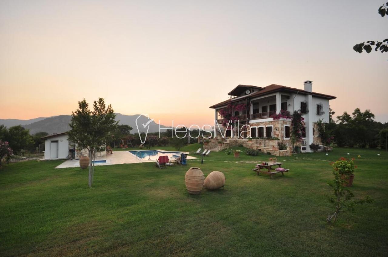 Limonlu Konak, Dalyan'da Ultra Lüks 6 Yatak Odalı Villa. - Hepsi Villa