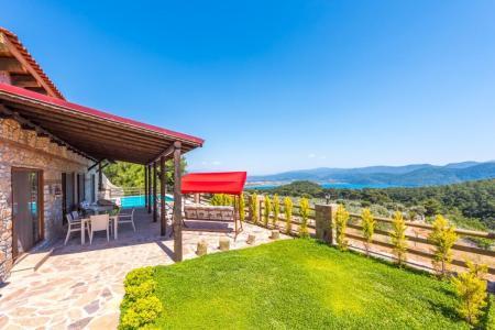 Villa Elexus