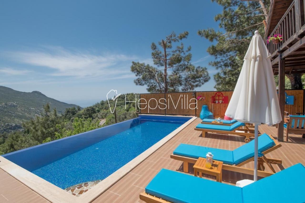 Villa Seyirtepe, Kalkan bölgesi İslamlar Köyünde konumlanmıştır. - Hepsi Villa