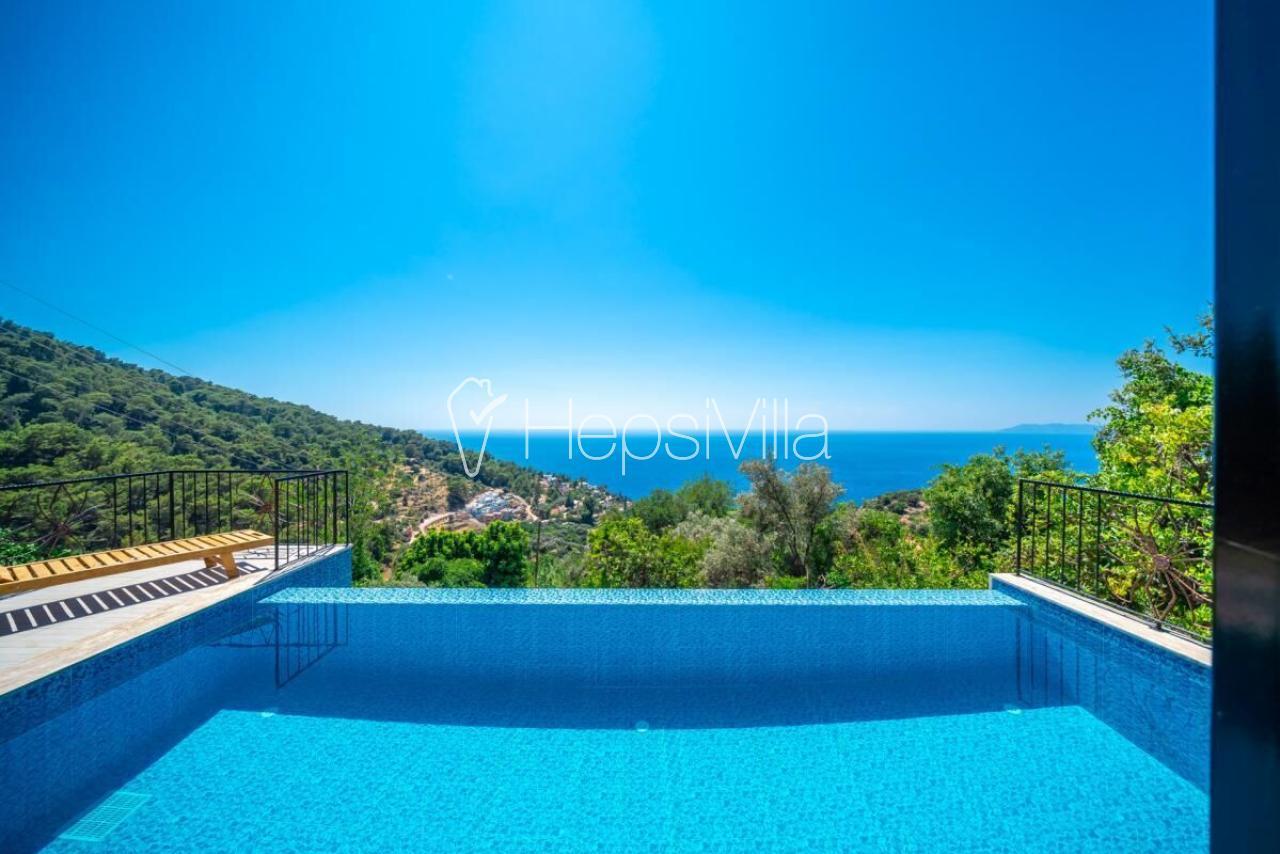 Villa Asma, Faralya'da  2 Odalı Havuzu Korunaklı Tatil Villası - Hepsi Villa